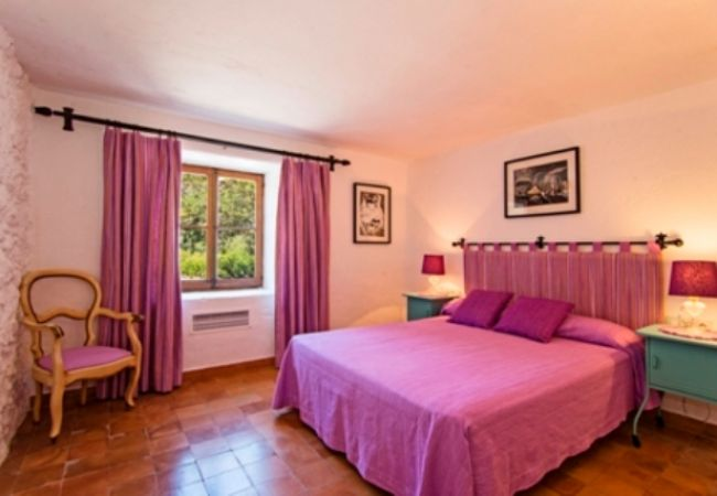 DOUBLE BEDROOM, RAFALET, GROUPS, HOLIDAY, BOOKING, RENTALS POLLENSA, MALLORCA